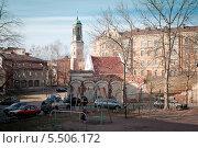 Городской пейзаж с Часовой башней. Выборг (2013 год). Редакционное фото, фотограф Ольга Визави / Фотобанк Лори