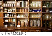 Старая аптека. Стоковое фото, фотограф Viktor Gladkov / Фотобанк Лори