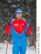 Купить «Член олимпийской сборной по лыжным гонкам Александр Бессмертных», фото № 5532724, снято 31 декабря 2013 г. (c) Максим Попурий / Фотобанк Лори