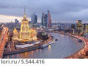 """Купить «Гостиница """"Украина"""" и Москва-Сити», фото № 5544416, снято 13 ноября 2012 г. (c) Losevsky Pavel / Фотобанк Лори"""