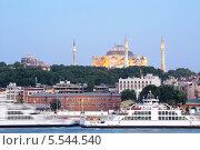 Купить «Вид на Собор Святой Софии в Стамбуле. Турция», фото № 5544540, снято 3 июля 2012 г. (c) Losevsky Pavel / Фотобанк Лори