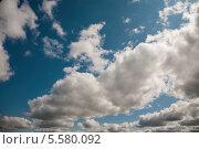 Купить «Летнее небо с облаками», фото № 5580092, снято 22 августа 2009 г. (c) Darja Vorontsova / Фотобанк Лори