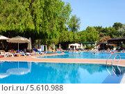 Плавательный бассейн под открытым небом, Турция, Даламан (2013 год). Редакционное фото, фотограф Володина Ольга / Фотобанк Лори