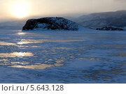 Купить «Зимний Байкал», фото № 5643128, снято 13 февраля 2013 г. (c) Сергей Белов / Фотобанк Лори