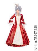 Купить «Красивая женщина в красном платье королевы», фото № 5667128, снято 13 декабря 2013 г. (c) Сергей Сухоруков / Фотобанк Лори