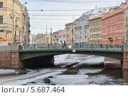 Купить «Зеленый (Полицейский) мост через реку Мойку. Весенний Петербург», эксклюзивное фото № 5687464, снято 9 марта 2014 г. (c) Александр Алексеев / Фотобанк Лори
