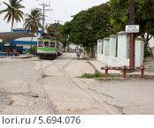 Электропоезд в Гаване (2013 год). Редакционное фото, фотограф Дмитрий Емушинцев / Фотобанк Лори