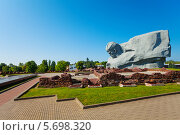 Купить «Мемориал, крепость и парк в Брестской крепости», фото № 5698320, снято 16 июня 2013 г. (c) Сергей Новиков / Фотобанк Лори