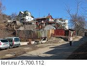 Купить «Калуга - город контрастов. Трущобы», фото № 5700112, снято 10 марта 2014 г. (c) Юрий Кирсанов / Фотобанк Лори