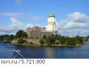 Купить «Выборгский замок», фото № 5721900, снято 28 августа 2013 г. (c) Ольга Остроухова / Фотобанк Лори
