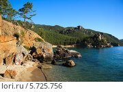 Купить «Байкал. Бухта Бабушка», фото № 5725756, снято 22 августа 2006 г. (c) Сергей Белов / Фотобанк Лори