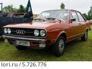 "Купить «Автоомбиль Audi 80 B1,  ""Олдтаймер шоу"" в MAFZ, 19 мая 2013 г., Германия», фото № 5726776, снято 19 мая 2013 г. (c) Sergey Kohl / Фотобанк Лори"