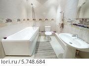 Купить «Современная ванная комната», фото № 5748684, снято 2 декабря 2012 г. (c) Losevsky Pavel / Фотобанк Лори