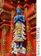 Купить «Скульптура Будды на фасаде храма. Чиангмай, Таиланд», фото № 5759812, снято 24 марта 2014 г. (c) Светлана Колобова / Фотобанк Лори