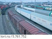Купить «Железнодорожная, транспортировочная станция», эксклюзивное фото № 5761752, снято 31 марта 2014 г. (c) Svet / Фотобанк Лори