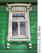 Купить «Наличник деревенского окна», фото № 5780464, снято 6 апреля 2014 г. (c) Александр Романов / Фотобанк Лори