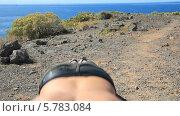 Купить «Молодой парень отжимается на берегу моря», видеоролик № 5783084, снято 22 февраля 2014 г. (c) Roman Likhov / Фотобанк Лори