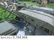 Купить «Willys MB (Виллис) — американский армейский автомобиль повышенной проходимости времён Второй мировой войны. Приборная панель», фото № 5784964, снято 21 июня 2013 г. (c) Малышев Андрей / Фотобанк Лори