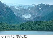 Купить «Озеро Svartisvatnet и вид на ледник Свартисен (Норвегия)», фото № 5798632, снято 13 июля 2013 г. (c) Юрий Брыкайло / Фотобанк Лори