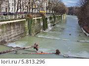 Река Изар в Мюнхене (2013 год). Стоковое фото, фотограф Алексей Яковлев / Фотобанк Лори