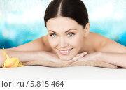 Купить «Красивая женщина с ухоженной кожей на сеансе массажа», фото № 5815464, снято 4 мая 2013 г. (c) Syda Productions / Фотобанк Лори