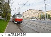 Купить «Трамвай в начале Волоколамского шоссе (Москва)», фото № 5826556, снято 13 сентября 2013 г. (c) Александр Замараев / Фотобанк Лори