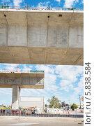 Участок дороги во время реконструкции. Стоковое фото, фотограф Кропотов Лев / Фотобанк Лори