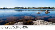 Горное озеро на севере, Кольский полуостров. Стоковое фото, фотограф Игорь Чайковский / Фотобанк Лори