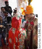 Жених и невеста (2012 год). Редакционное фото, фотограф Вячеслав Строганов / Фотобанк Лори