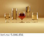 Купить «Бокалы со спиртным разного размера», иллюстрация № 5846856 (c) Maksym Yemelyanov / Фотобанк Лори