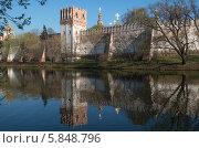 Новодевичий монастырь. Стоковое фото, фотограф Юрий Баулин / Фотобанк Лори