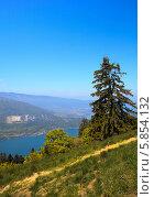 Вид на озеро Анси во французских Альпах (2010 год). Стоковое фото, фотограф Сергей Белов / Фотобанк Лори
