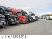 Тяжелые грузовики (2014 год). Редакционное фото, фотограф Александр Щепин / Фотобанк Лори