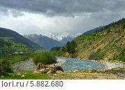 Купить «Река Кубань в Кавказских горах весной», фото № 5882680, снято 5 мая 2014 г. (c) александр жарников / Фотобанк Лори