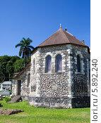 Купить «Древняя колониальная церковь, Ямайка», фото № 5892240, снято 27 января 2014 г. (c) Куликов Константин / Фотобанк Лори