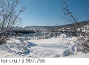 Купить «Мост через Ангару. Зимний пейзаж», эксклюзивное фото № 5907756, снято 6 марта 2011 г. (c) Svet / Фотобанк Лори