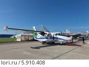 Купить «Международный авиационно-космический салон МАКС-2013. Чешский универсальный двухмоторный самолет для местных воздушных линий Let L-410 Turbolet», фото № 5910408, снято 28 августа 2013 г. (c) Игорь Долгов / Фотобанк Лори