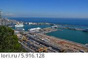 Порт в Барселоне (2012 год). Редакционное фото, фотограф Юлия Романова / Фотобанк Лори
