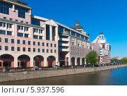 Купить «Москва. Бизнес-центр Риверсайд Тауэрс», фото № 5937596, снято 21 мая 2014 г. (c) Зобков Георгий / Фотобанк Лори