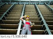 Счастливый рабочий на складе. Стоковое фото, фотограф Andrejs Pidjass / Фотобанк Лори