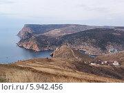 Купить «Берег Крыма», фото № 5942456, снято 4 января 2014 г. (c) Сергей Сучилкин / Фотобанк Лори