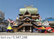 Купить «Деревянный дворец на Русском подворье в Измайловском кремле в Москве», эксклюзивное фото № 5947248, снято 18 мая 2014 г. (c) lana1501 / Фотобанк Лори