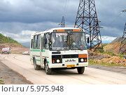 Купить «Автобус ПАЗ-3205», фото № 5975948, снято 8 августа 2009 г. (c) Art Konovalov / Фотобанк Лори