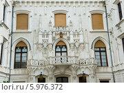 Купить «Замок Глубока-над-Влтавой. Внутренний двор.  Чехия», фото № 5976372, снято 27 апреля 2014 г. (c) E. O. / Фотобанк Лори