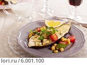 Купить «Зимний салат с печеным баклажаном», фото № 6001100, снято 22 февраля 2014 г. (c) Елена Веселова / Фотобанк Лори