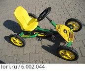 Детское транспортное средство (2014 год). Редакционное фото, фотограф щетько галина владимировна / Фотобанк Лори