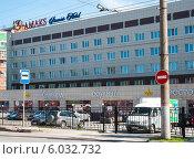"""Купить «Гостиница """"Амакс"""" в Перми», фото № 6032732, снято 14 мая 2012 г. (c) Elena Monakhova / Фотобанк Лори"""