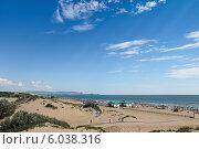 Купить «Песчаный пляж Витязево, вид на Анапу», фото № 6038316, снято 13 июня 2014 г. (c) Емельянов Валерий / Фотобанк Лори
