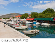 Купить «Стоянка небольших лодок в г. Трогир, Хорватия», фото № 6054712, снято 16 июня 2014 г. (c) Иван Марчук / Фотобанк Лори