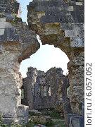 Абхазия,Бзыбский храм-крепость (2012 год). Стоковое фото, фотограф konstantin tatonkin / Фотобанк Лори